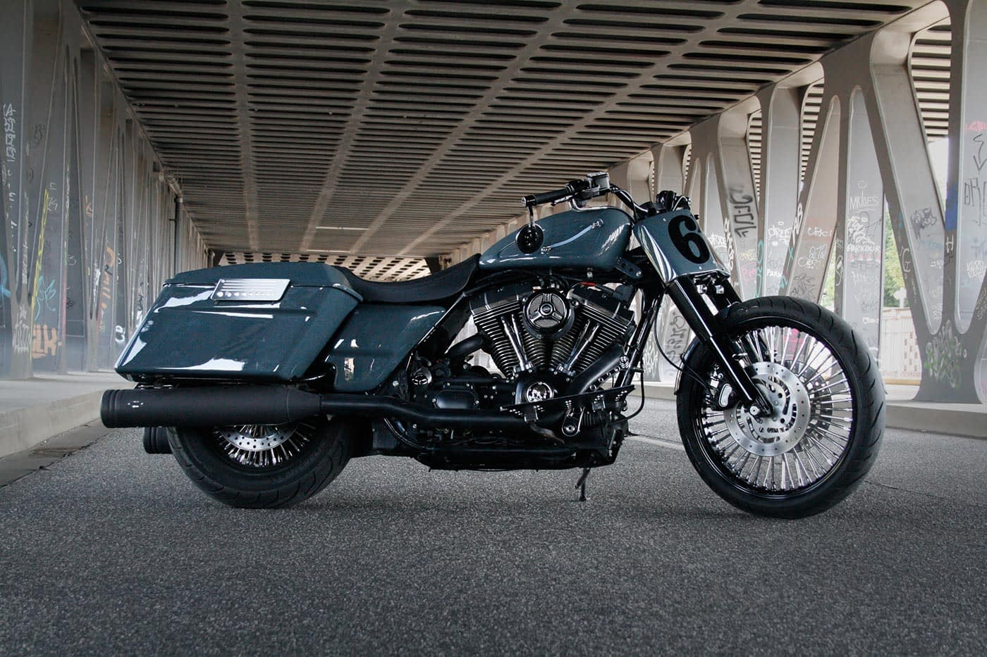 Harley-Davidson Roadking - Streetglide Gunship Grey